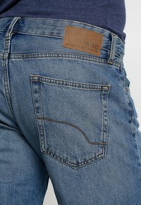 edc by Esprit - Jeans Shorts - blue medium wash - 3