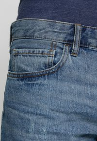 edc by Esprit - Jeans Shorts - blue medium wash - 5