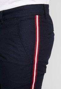 edc by Esprit - STRUC SIDE - Shorts - dark blue - 4
