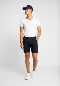 edc by Esprit - STRUC SIDE - Shorts - dark blue - 1