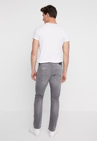 edc by Esprit - Jeansy Slim Fit - grey light wash - 2