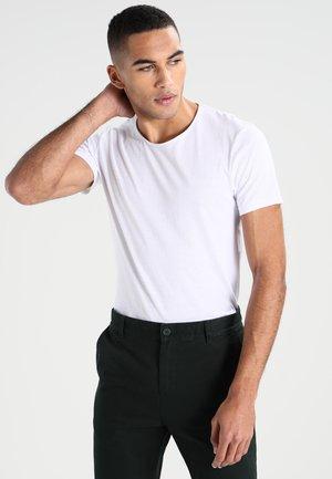 BASIC - Jednoduché triko - white
