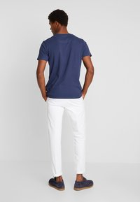 edc by Esprit - CHEST TEE - Printtipaita - navy - 2