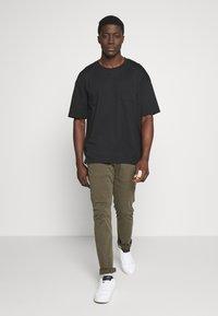 edc by Esprit - BOXY  - T-shirt basic - black - 1