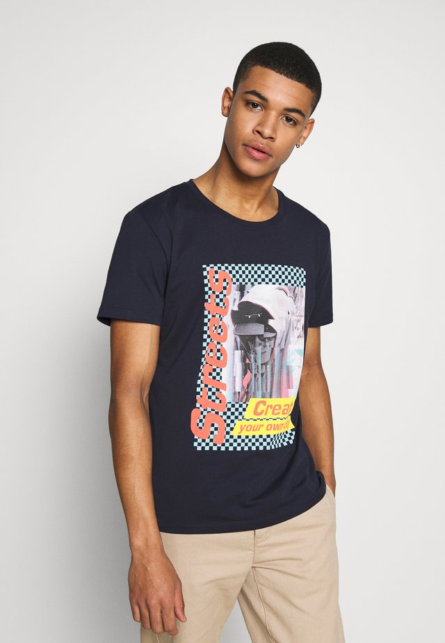 OCS AW CN SS - T-shirt z nadrukiem - navy