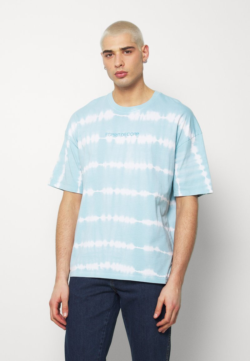 edc by Esprit - OVERBAT - Camiseta estampada - light blue