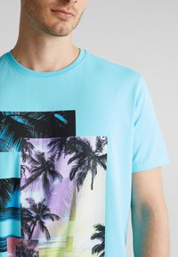 edc by Esprit - Print T-shirt - light blue