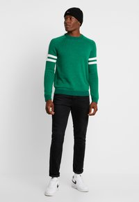 edc by Esprit - SPORTY  - Pullover - green - 1