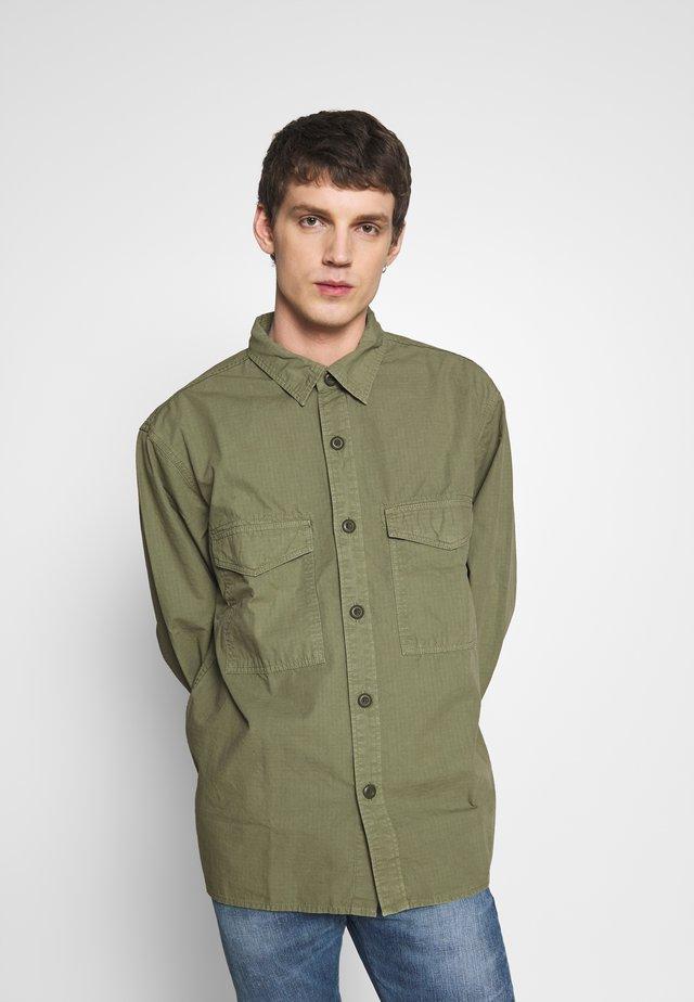 BIG SHIRT  - Shirt - military green