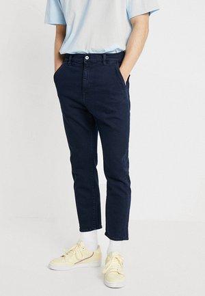 UNIVERSE PANT CROPPED - Straight leg jeans - braxton blue denim
