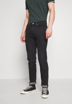 ED-80 - Tapered-Farkut - black denim