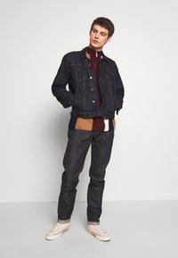 Edwin - Jeans a sigaretta - raw statenihon menpu, dark pure indigo rainbow selvage, 13.5oz - 1