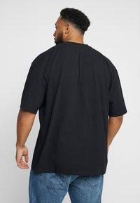 Edwin - KATAKANA EMBROIDERY - T-Shirt basic - black - 2
