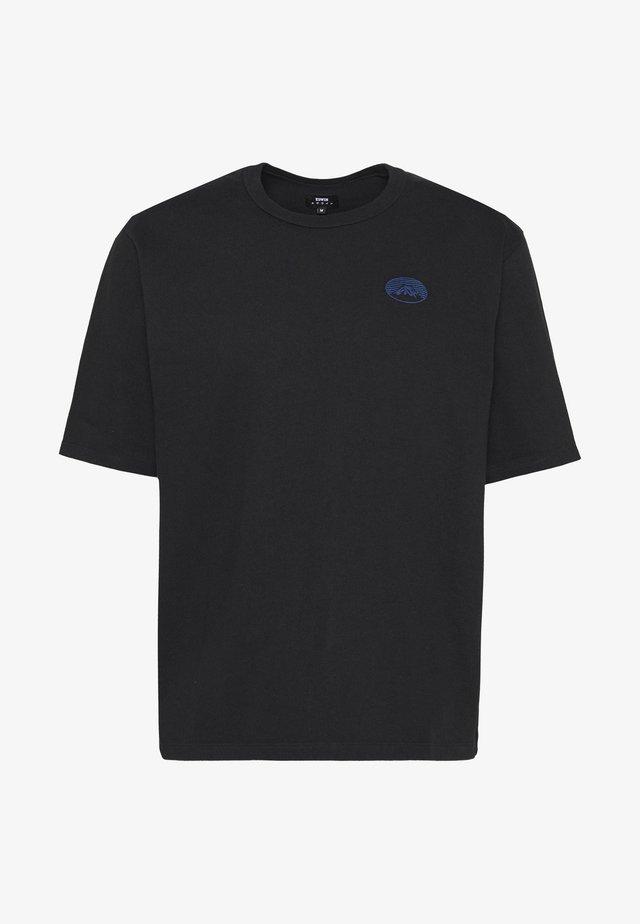FUJI SAN UNISEX - T-shirt med print - black