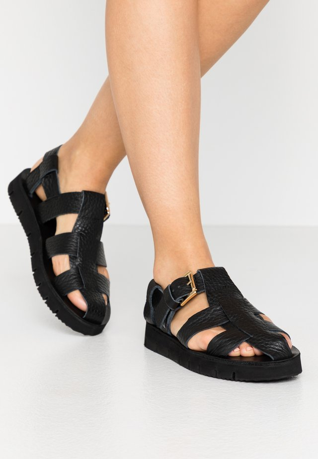 PATRIZ - Sandaler - black