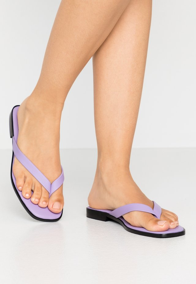 MAYIA - T-bar sandals - lilac/viola