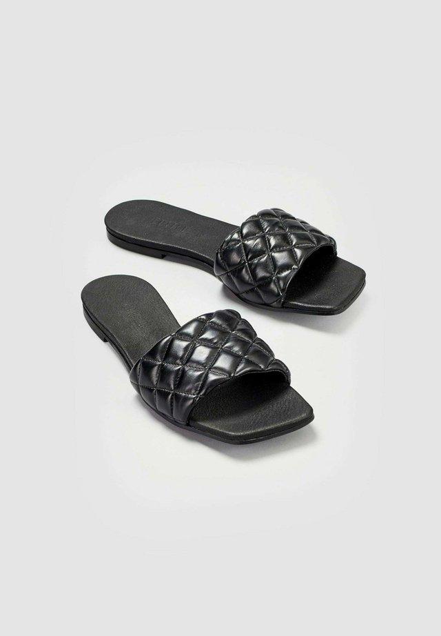 Pantolette flach - schwarz