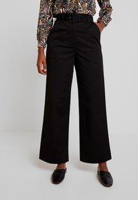 EDITED - INDRA PANTS - Bukse - black - 0