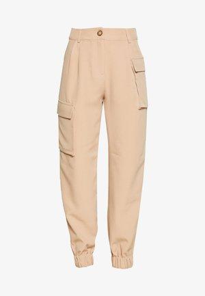 SINA TROUSERS - Spodnie materiałowe - beige