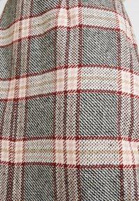 EDITED - NOVA SKIRT - Spódnica ołówkowa  - pink - 4