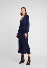 EDITED - ALENCIA DRESS - Kjole - blau - 0