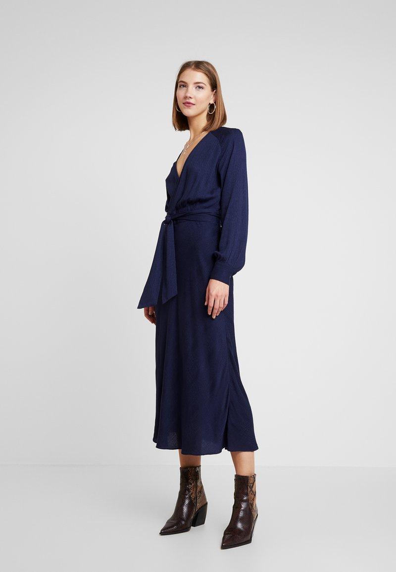 EDITED - ALENCIA DRESS - Kjole - blau