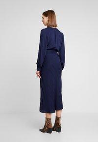 EDITED - ALENCIA DRESS - Kjole - blau - 3