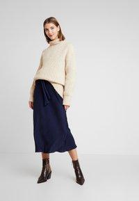 EDITED - ALENCIA DRESS - Kjole - blau - 2