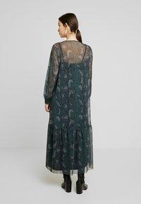 EDITED - HARRIET DRESS - Denní šaty - green - 3