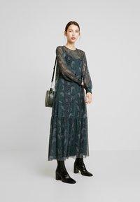 EDITED - HARRIET DRESS - Denní šaty - green - 2