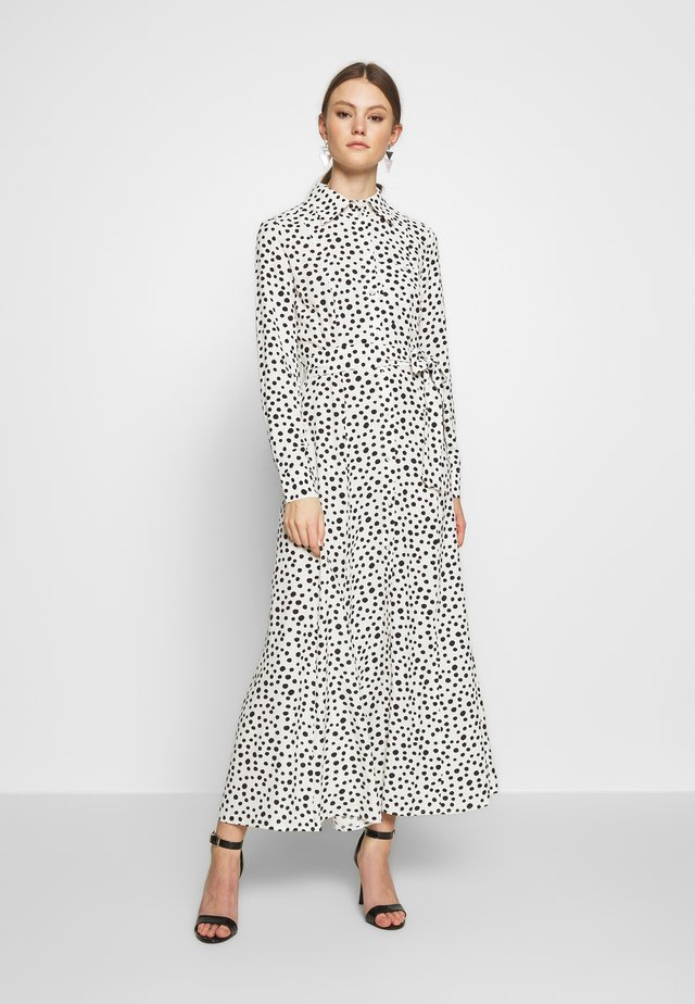 JONNA DRESS - Vestito lungo - weiß/schwarz