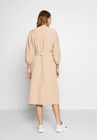 EDITED - NICHOLA DRESS - Blousejurk - beige - 2