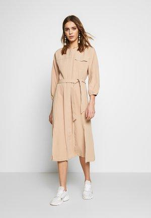NICHOLA DRESS - Skjortekjole - beige