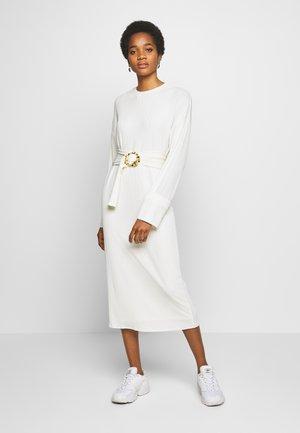 SAIGE DRESS - Abito in maglia - creme