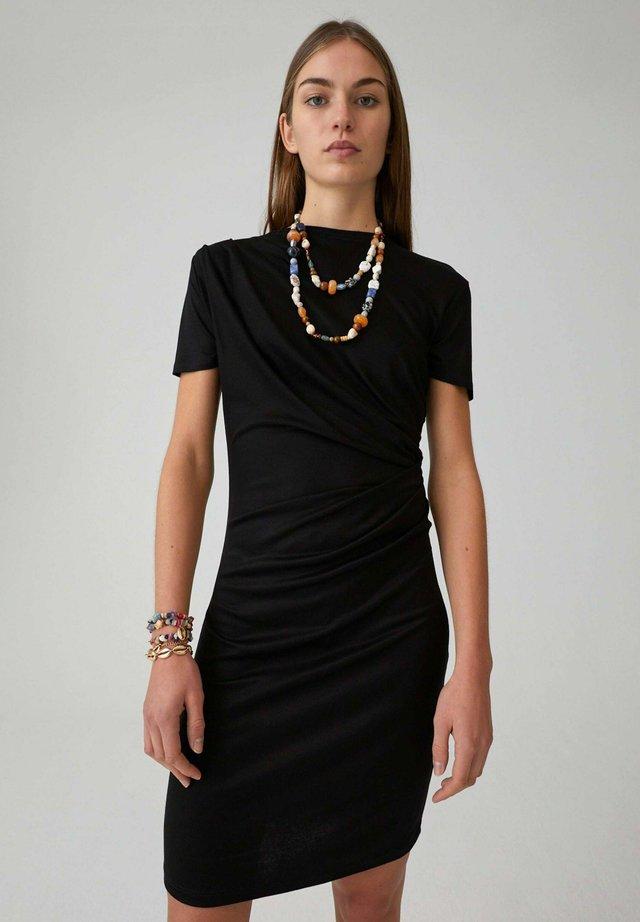 MINU - Etui-jurk - schwarz