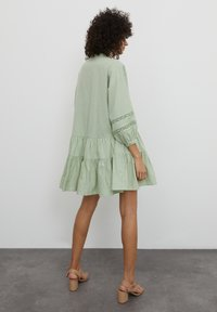 EDITED - Shirt dress - grün - 2