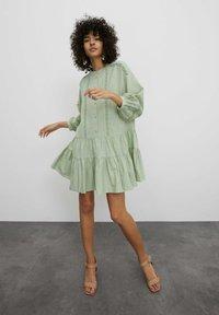 EDITED - Shirt dress - grün - 1