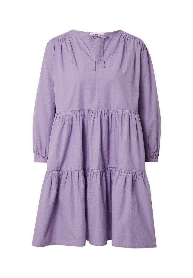 VALENCIA - Korte jurk - lila