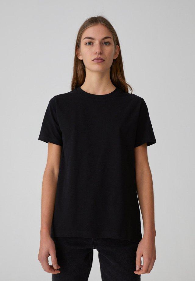 ENID - Basic T-shirt - black