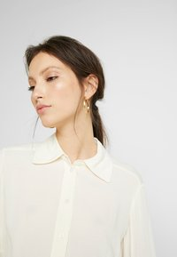 EDITED - FAE BLOUSE - Button-down blouse - weiß - 5