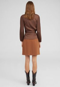 EDITED - NEYLA - Blouse - brown - 2