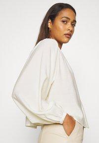 EDITED - JAMIRA BLOUSE - Button-down blouse - weiß - 4