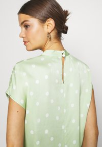 EDITED - LENYA BLOUSE - Blouse - foam green - 6