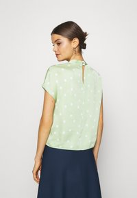 EDITED - LENYA BLOUSE - Blouse - foam green