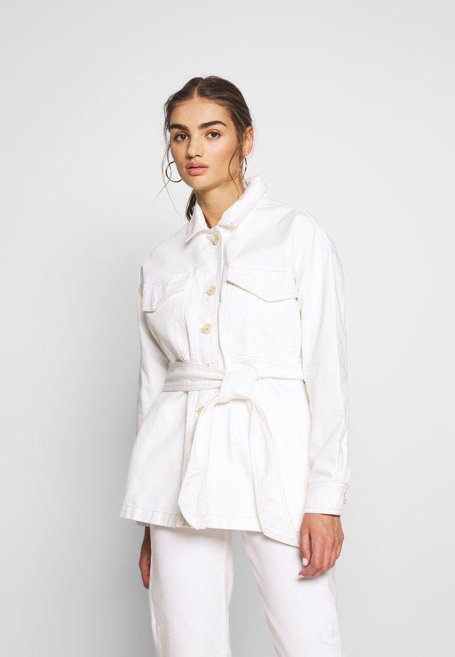RAE JACKET - Denim jacket - white/offwhite