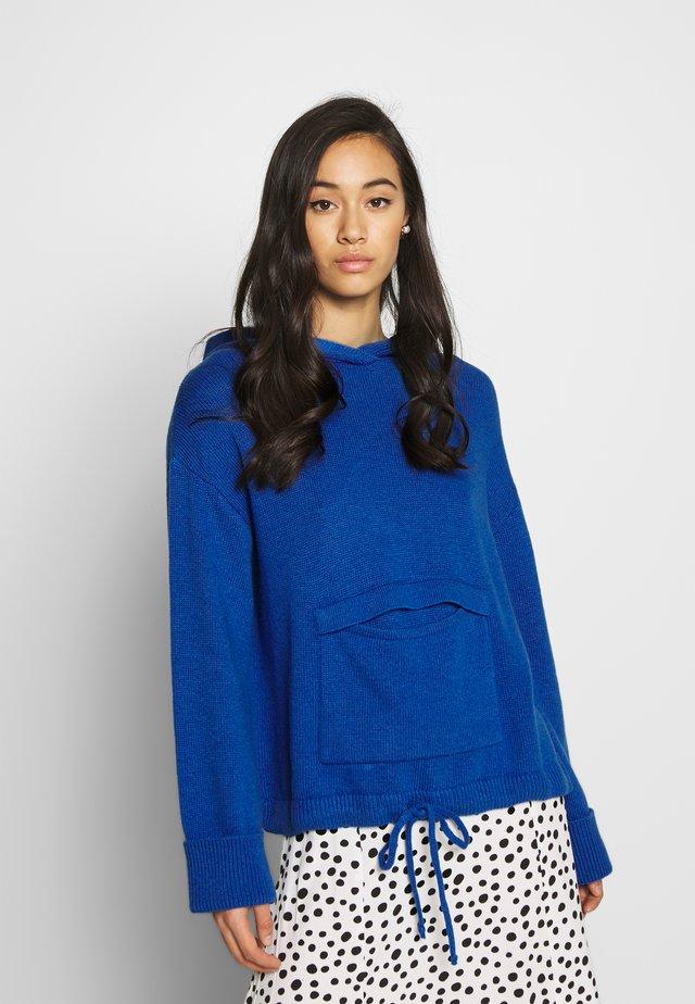 ELIF HOODED JUMPER - Bluza z kapturem - blau