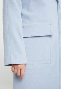 EDITED - ELIAS COAT - Manteau classique - light blue - 4