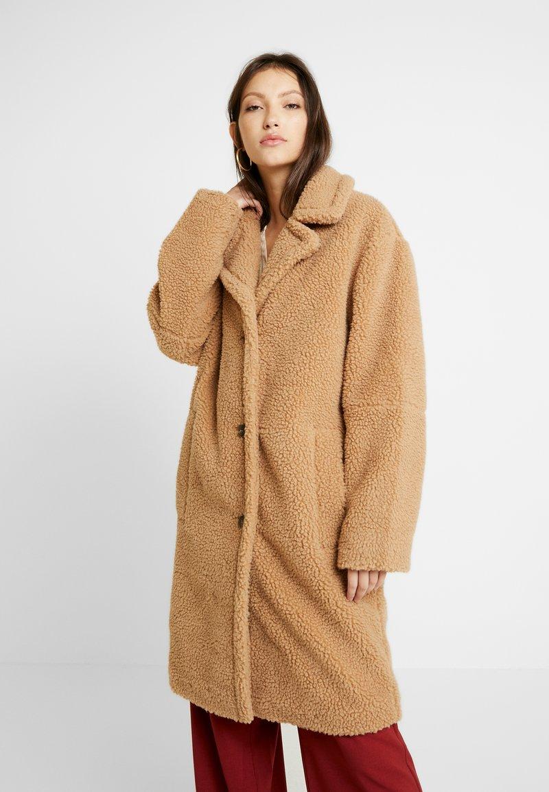 EDITED - BRADON COAT - Zimní kabát - camel