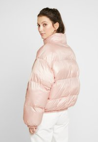 EDITED - ELROY PUFFER JACKET - Chaquetas bomber - rosa - 2
