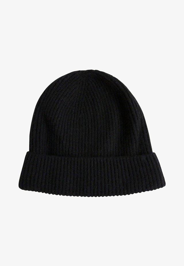 JAVIER - Muts - black